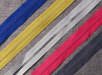 plastic-zip-roll