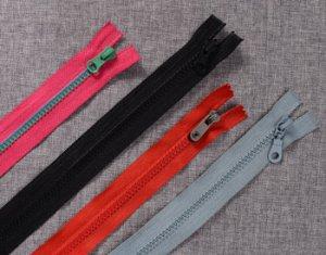 Plastic-Zippers-